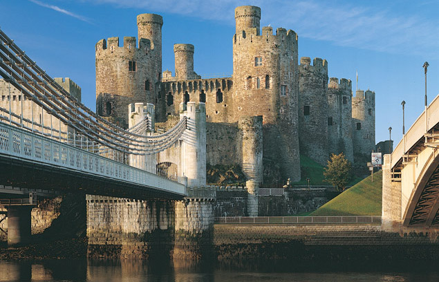 Conwy Town and Area, Accommodation, Activities, Details
